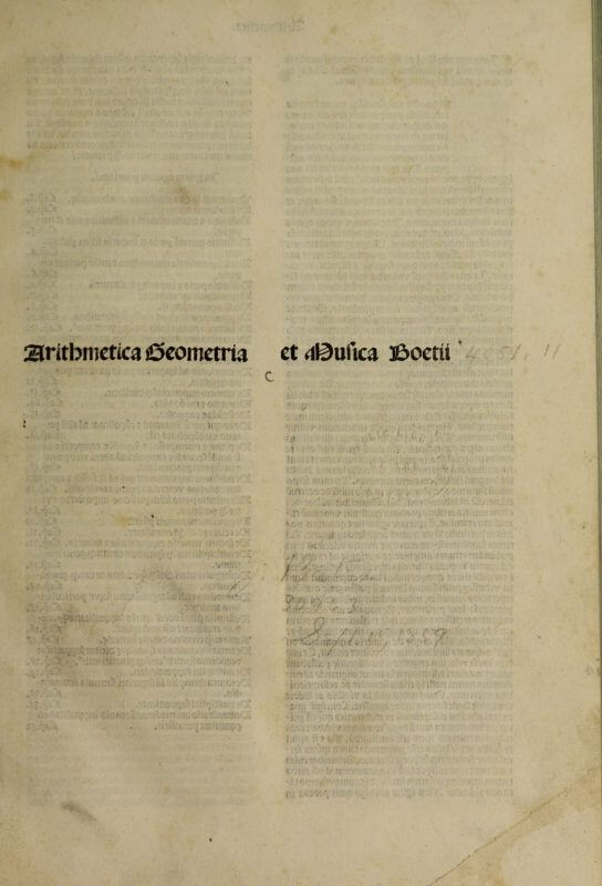 This edition of Boethius uses a title label on the first page of the book to provide a quick identification of the text.